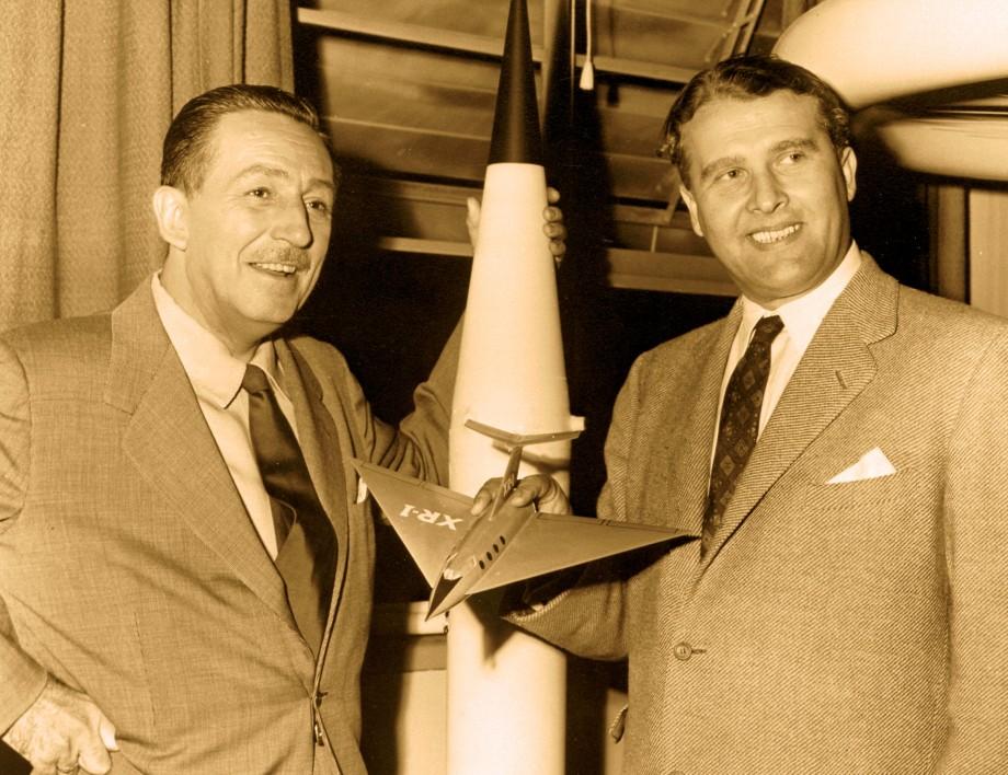 WALT DISNEY AND DR. WERNER VON BRAUN, 1954